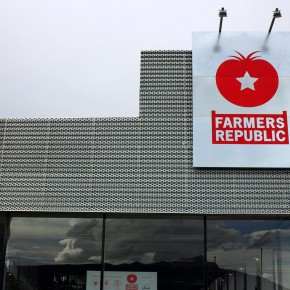 Farmer's Republic Sign