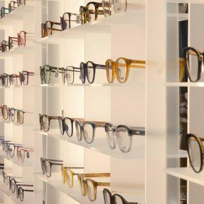 kapolis-optician-store-design-shelves-03